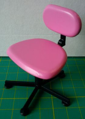 Bright Pink Swivel Chair - O16BP