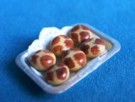 Hot Cross Bun Tray - S81