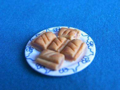 F271 Sausage Rolls Plate