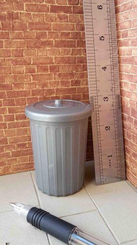 Dustbin - Slightly Metallic Plastic
