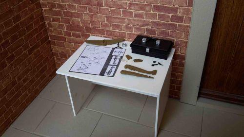 Hobby Table - Plane kit in Desert Colours