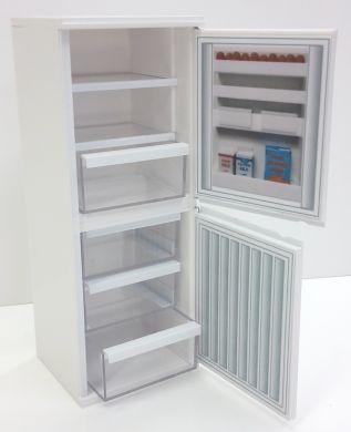 Fridge Freezer  opens - DA9