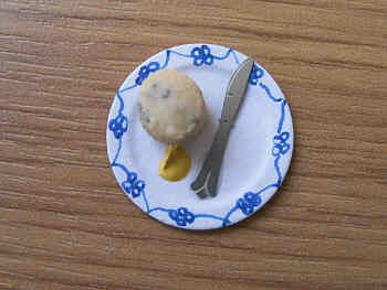Scone serving on small plate