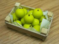 Golden Delicious Apples  in wood box - F13