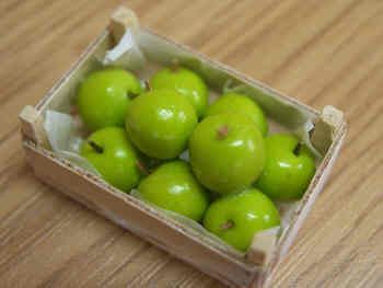Granny Smith Apples in wood box