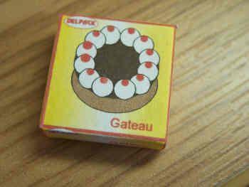 Gateau Box - F228