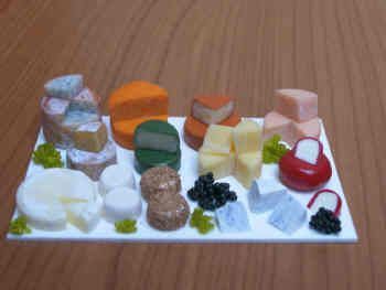 Display Slab of Cheeses - F259