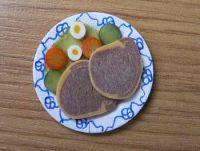 Beef Salad on plate - F27B