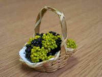 Grapes in Display Basket - F2R