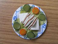 Sandwiches on a plate - F30