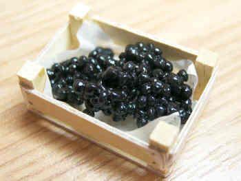 Black Grapes in wood box - F5B