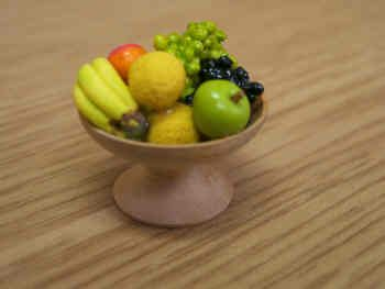 Fruit assortment in Wood Fruit Bowl