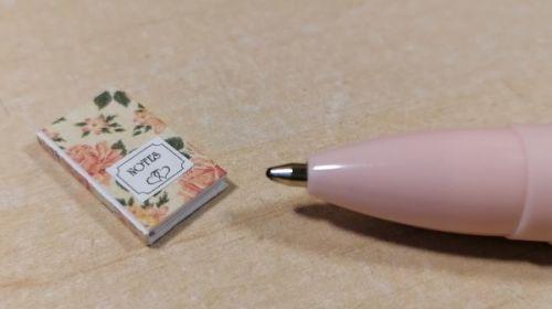 O52 Peach Roses - Notebook