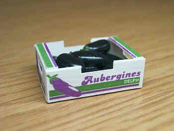 Aubergines in printed carton - PC135