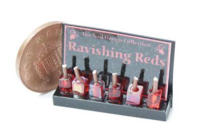 Nail Varnish Display 'Ravishing Reds'