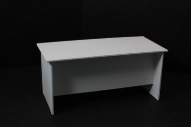 Office Desk in white - O14A