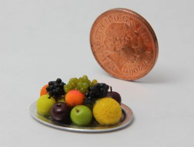 Tudor Mixed Fruit Platter - T8